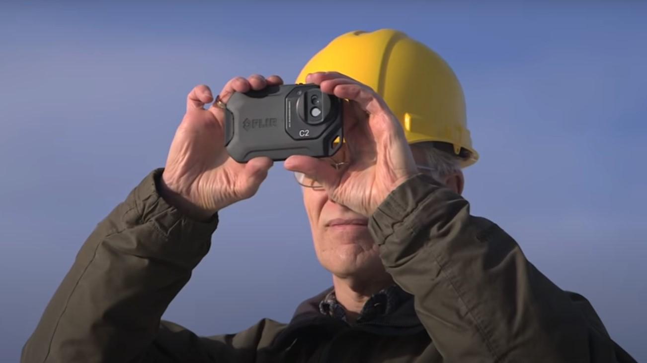 https://vodoinstalatervozdovac.co.rs/wp-content/uploads/2020/07/Snimanje-cevi-termalnom-kamerom.jpg